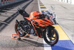 Prueba KTM RC 390 2022 Detalles11
