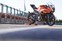 Prueba KTM RC 390 2022 Detalles12