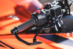 Prueba KTM RC 390 2022 Detalles36