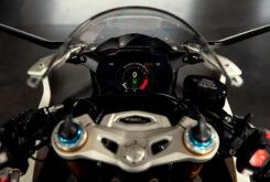 Triumph Speed Triple 1200 RR 2022 detalles (6)