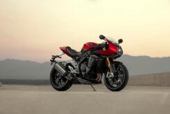 Triumph Speed Triple 1200 RR 2022 dinamicas (1)