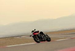 Triumph Speed Triple 1200 RR 2022 dinamicas (10)