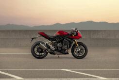 Triumph Speed Triple 1200 RR 2022 dinamicas (11)