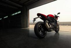 Triumph Speed Triple 1200 RR 2022 dinamicas (12)