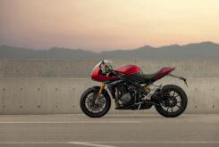 Triumph Speed Triple 1200 RR 2022 dinamicas (2)
