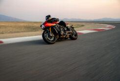 Triumph Speed Triple 1200 RR 2022 dinamicas (23)