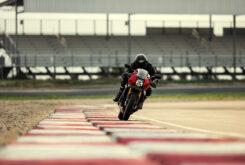 Triumph Speed Triple 1200 RR 2022 dinamicas (24)