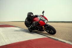 Triumph Speed Triple 1200 RR 2022 dinamicas (25)