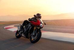 Triumph Speed Triple 1200 RR 2022 dinamicas (30)