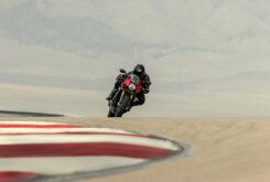 Triumph Speed Triple 1200 RR 2022 dinamicas (8)
