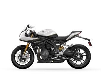 Triumph Speed Triple 1200 RR 2022 estudio (7)