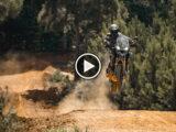 Triumph Tiger 1200 2022 prototipo Ricky Carmichael video