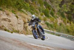 Yamaha MT 09 SP vs Kawasaki Z900 Performance5517