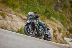 Yamaha MT 09 SP vs Kawasaki Z900 Performance5539