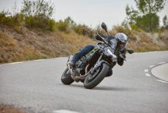 Yamaha MT 09 SP vs Kawasaki Z900 Performance5632