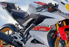 Yamaha R125 60 Aniversario 2022 (14)