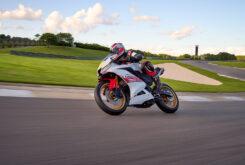 Yamaha R125 60 Aniversario 2022 (2)
