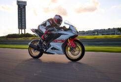 Yamaha R125 60 Aniversario 2022 (3)