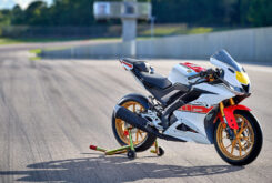 Yamaha R125 60 Aniversario 2022 (31)
