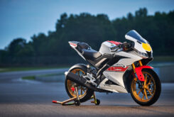 Yamaha R125 60 Aniversario 2022 (33)