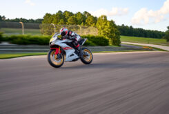 Yamaha R125 60 Aniversario 2022 (8)