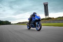 Yamaha R3 2022 (3)