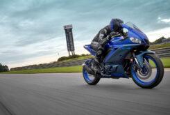 Yamaha R3 2022 (4)