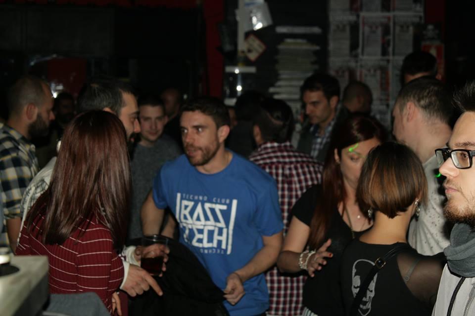 BASS TECH YASTA´S CLUB MADRID 100% VINILOS  BASS TECH