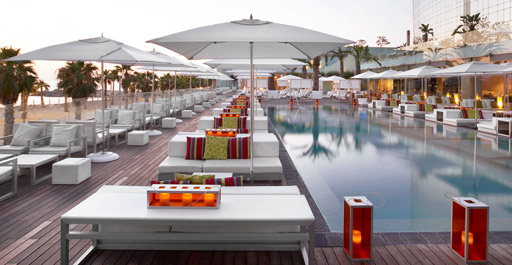 WET® DECK CHILLOUT SESSIONS – ELECTRONICA BEATS W BARCELONA