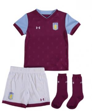 Aston Villa voetbalset voor €23