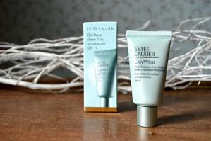 Estée Lauder DayWear Sheer Tint sample Gratis