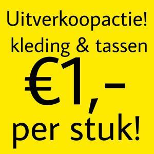 Alle kleding en tassen €1 bij Prijsmepper Roermond