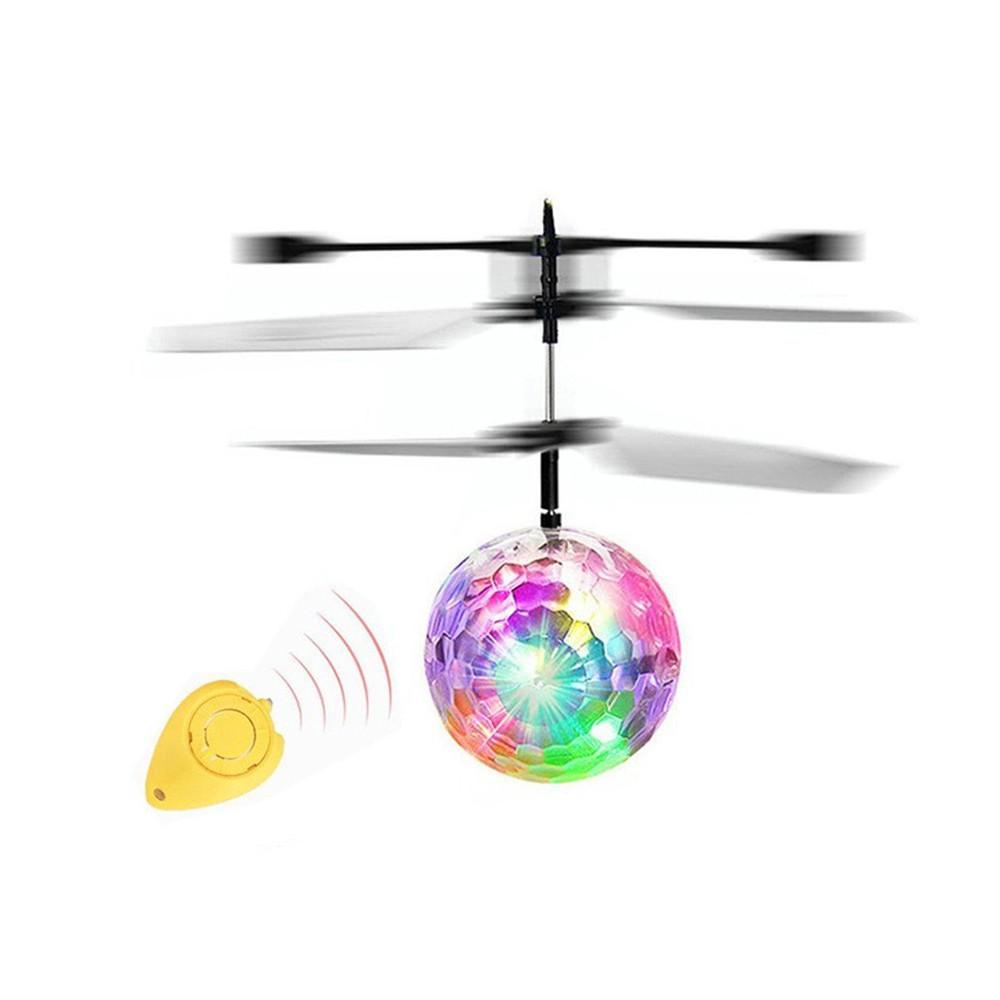 Flying Balls Toys met afstandbediening voor €4,14