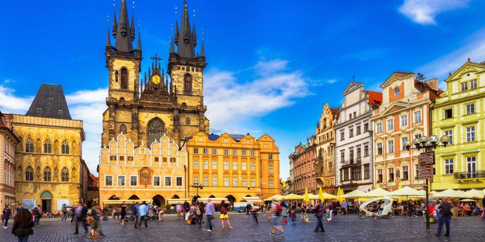 Retourvlucht met 2 overnachtingen naar Praag voor €99