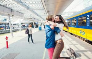 2 enkele reiskaartjes 12 euro per stuk = 24 euro in totaal