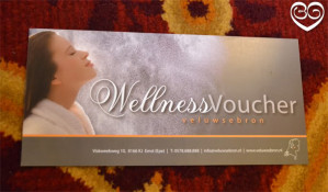 Bij aankoop van fitnessaccessoires en haarstyling 1 wellness voucher Gratis