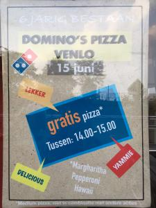 Domino's Pizza Medium Gratis