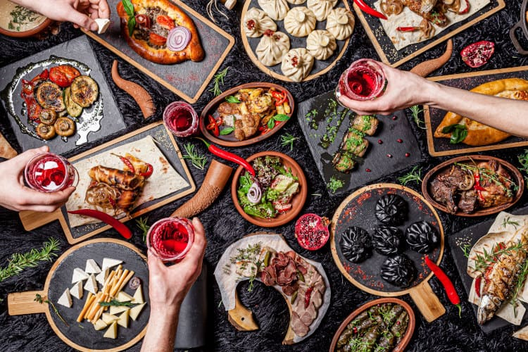 מאכלים גאורגיים מסורתיים בטיול מאורגן לגאורגיה