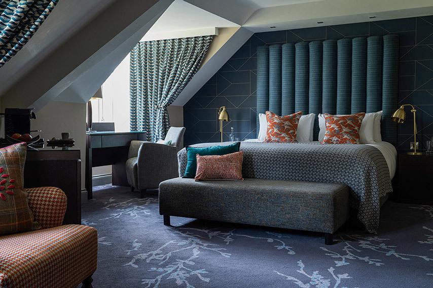 Lounge suite 1
