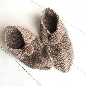 Bluum tøfler i Zara Plus - gratis strikkeoppskrift