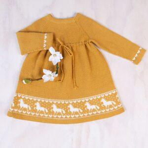 Bluum strikkekjole - Hestekjolen i Pure Eco Baby Wool