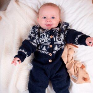 Bluum strikkedress - Traktor i Pure Eco Baby Wool
