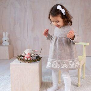 Bluum strikkekjole - Traktorkjolen i Pure Eco Baby Wool