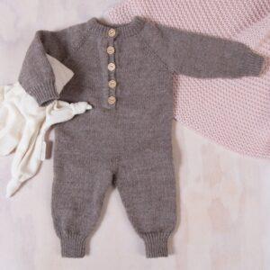 Bluum strikkedress med raglan i Pure Eco Baby Wool