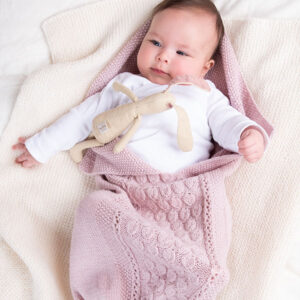 Bluum strikk - Kosepose - Dråpe i Pure Eco Baby Wool