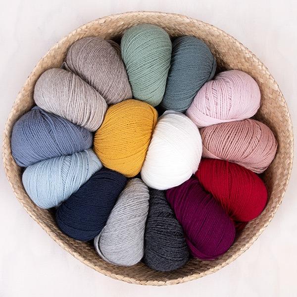 Bluum-strikkejakke-og-bloomer-6.jpeg