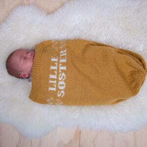 Bluum strikk - Kosepose Lillesøster i Pure Eco Baby Wool