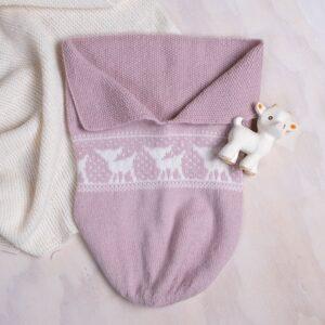 Bluum strikk - Kosepose Bambi i Pure Eco Baby Wool
