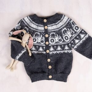 Bluum strikk - Traktor jakke i Pure Eco Baby Wool