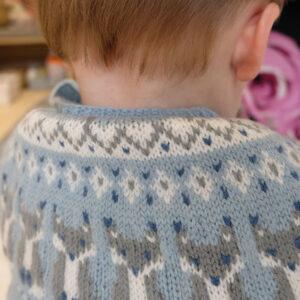 Bluum strikk - Reve-genseren i Pure Eco Baby Wool